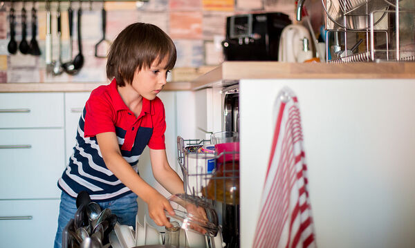 Τι μπορείτε να πλύνετε στο πλυντήριο πιάτων εκτός από τα πιάτα