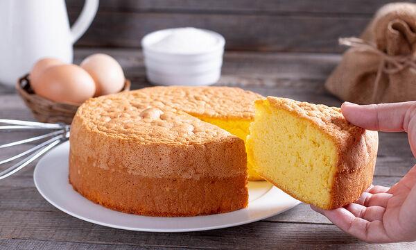 Κέικ χωρίς βούτυρο: Η πιο εύκολη συνταγή που έχετε φτιάξει (vid)