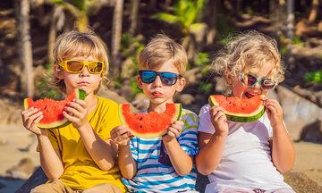 Ποια snacks να επιλέξω για τα παιδιά στην παραλία;