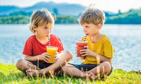 Πέντε δροσερά smoothies για παιδιά - Ιδανικά για το καλοκαίρι (vids)