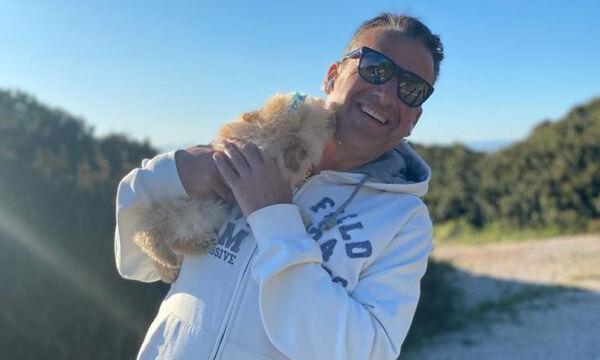 Γιώργος Λιάγκας: Στην Τήνο με τους γιους του - Φώτο από τις διακοπές τους
