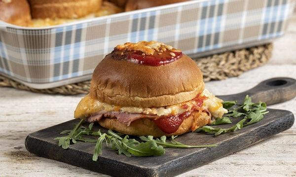 Burger croque monsieur - Μία λαχταριστή συνταγή από τον Άκη Πετρετζίκη