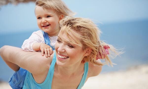 Πώς η αγάπη του γονιού διαμορφώνει την ευτυχία του παιδιού για πάντα