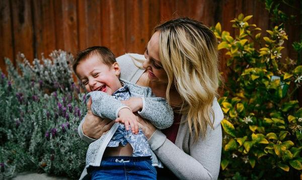 Single Mom Guide: Ο απόλυτος οδηγός επιβίωσης για κάθε single μαμά εκεί έξω!