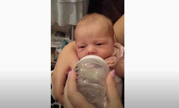 Μωράκι δοκιμάζει για πρώτη φορά νερό - Δε φαντάζεστε την αντίδρασή του