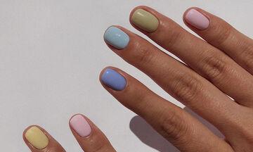 Η μαμά έχει... μανικιούρ: Πώς θα βάψεις τα νύχια σου αυτό το ΣΚ;
