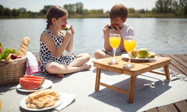 Πέντε φρούτα και λαχανικά που δίνουν ενέργεια στα παιδιά το καλοκαίρι