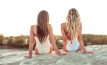 Τρεις σπιτικές μάσκες ενυδάτωσης μαλλιών για μετά την ηλιοθεραπεία