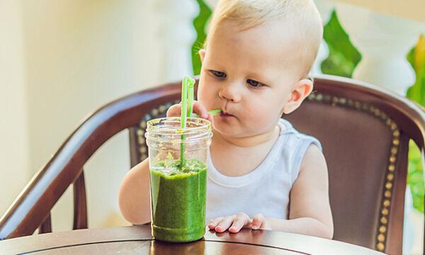 Τροπικό και γεμάτο ενέργεια smoothie για παιδιά