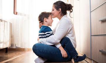Πέντε καταπληκτικά πράγματα που μας διδάσκουν καθημερινά τα μικρά παιδιά
