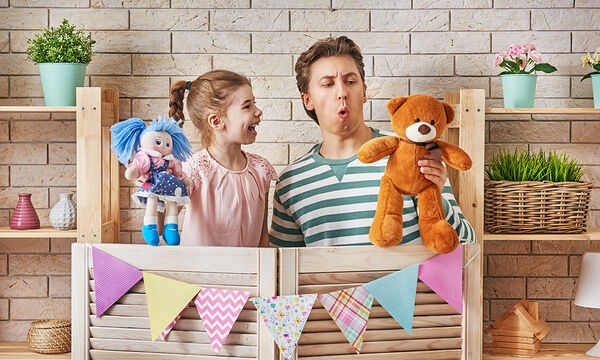 Πώς να φτιάξετε το δικό σας παιδικό κουκλοθέατρο (vid)