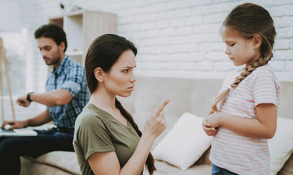 Γιατί δεν πρέπει να είστε υπερβολικά αυστηροί με τα παιδιά σας