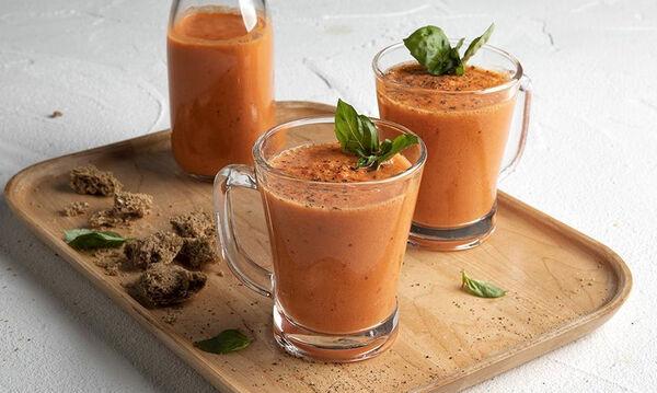 Συνταγή για Gazpacho σε ποτήρι από τον Άκη Πετρετζίκη