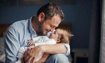 Πράγματα που δεν πρέπει να κάνουν οι μπαμπάδες όταν έχουν μικρό μωρό