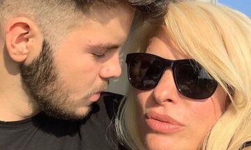 Άγγελος Λάτσιος: Με μάσκα στις διακοπές του - Δείτε το βίντεο που ανέβασε