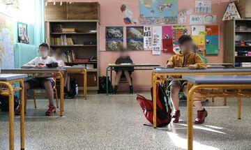 Σχολεία: Υπεγράφη η ΚΥΑ Θεοδωρικάκου–Σταϊκούρα για την πρόσληψη προσωπικού καθαριότητας