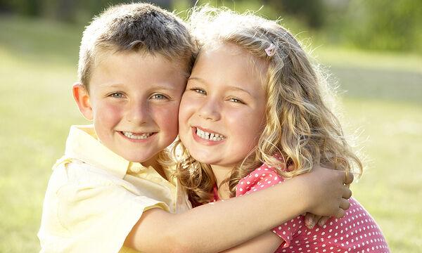 Πέντε τρόποι για να μεγαλώσετε ένα συμπονετικό παιδί
