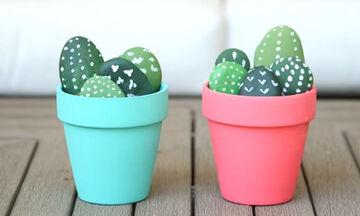 DIY - Φτιάξτε όμορφα γλαστράκια με κάκτους από πέτρες