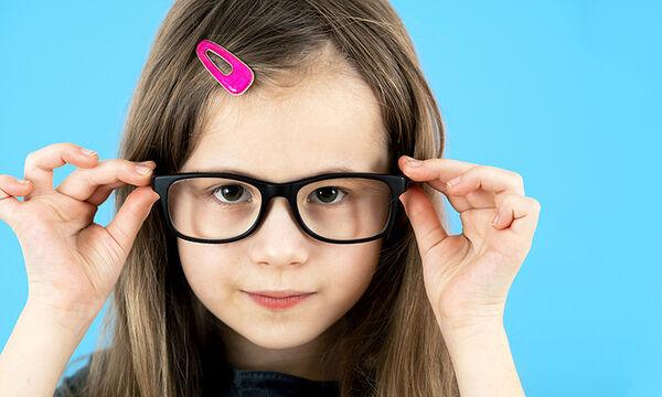 Πρόβλημα όρασης στα παιδιά: Ποιες είναι οι ενδείξεις ανά ηλικία