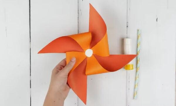 Πέντε παιχνίδια από χαρτί που μπορείτε να φτιάξετε πολύ εύκολα κι εσείς