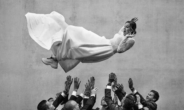 Οι καλύτερες φωτογραφίες γάμου της δεκαετίας - Δείτε απίθανα στιγμιότυπα