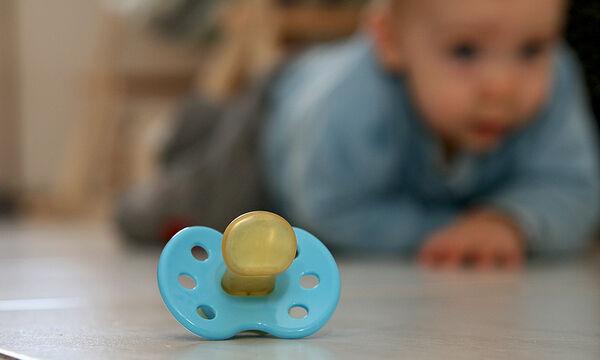 Μωρό και πιπίλα: Τι πρέπει να προσέξετε;
