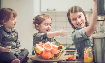 Ενισχύστε το ανοσοποιητικό του παιδιού με αυτό το smoothie μάνγκο-καρύδας