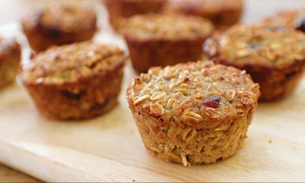 #BackToSchool: Υγιεινά muffins με μήλο και βρώμη - Ιδανικά για κολατσιό