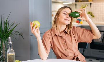 Αυτές είναι οι τροφές που σας βοηθούν να κάψετε λίπος
