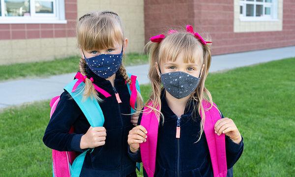 DIY scrunchies και ασορτί μάσκα για τα κορίτσια που επιστρέφουν στο σχολείο