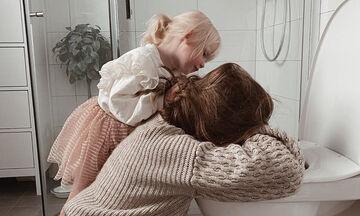 Η φωτογραφία αυτής της μαμάς και της κόρης της κάνει το γύρο του διαδικτύου