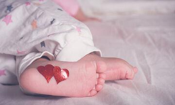 Είκοσι πέντε τρόποι για να δεθείτε με το μωρό σας