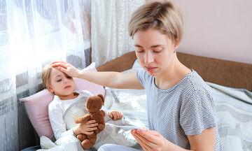 Φθινοπωρινές ιώσεις & COVID-19: Τι κάνουμε αν το παιδί έχει δέκατα ή βήχα