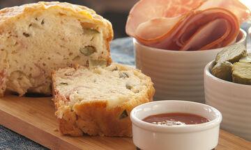 Αλμυρό κέικ με ζαμπόν και τυρί - Η απόλυτη συνταγή για το σχολείο