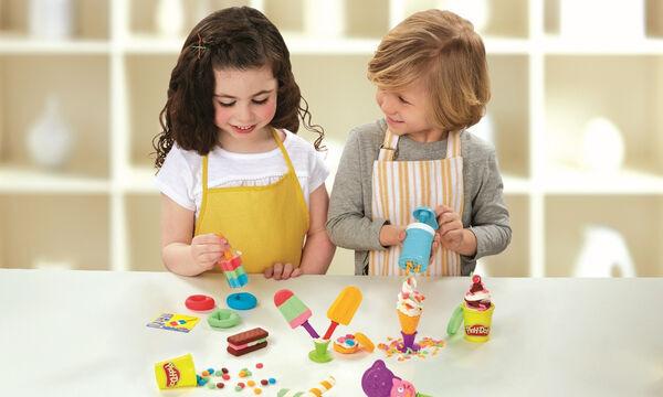 Αυτοί είναι οι τυχεροί που κέρδισαν από ένα σετ με πλαστοζυμαράκια Play-Doh