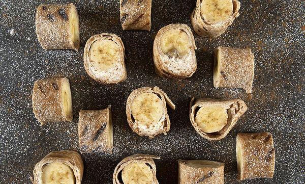Ρολάκια μπανάνας: Το γλυκό σνακ που θα λατρέψουν τα παιδιά