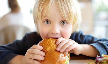 Παιδί και παχυσαρκία: Τα τρία πράγματα που πρέπει να προσέξετε
