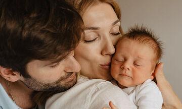 Οι πρώτες εβδομάδες με το μωρό στο σπίτι - Δείτε απίθανες φωτογραφίες