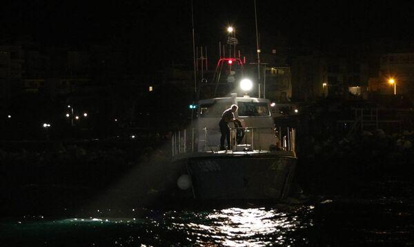 Τραγωδία ανοιχτά της Κρήτης: Πνίγηκαν δύο παιδιά και μια γυναίκα – Συνεχίζονται οι έρευνες
