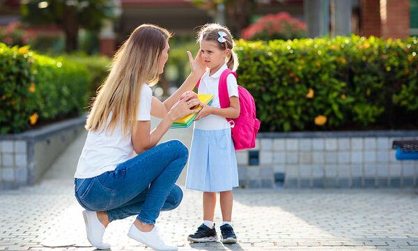 20 ερωτήσεις για να κάνετε στο παιδί σας αντί για το «πώς ήταν η μέρα σου»