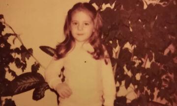 Αναγνωρίζετε ποια Ελληνίδα ηθοποιός είναι το κοριτσάκι της φωτογραφίας;