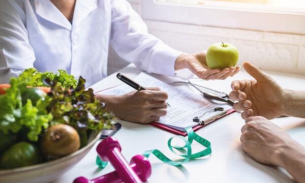 Δίαιτα με φρούτα: Πόσο αποτελεσματική και υγιεινή είναι;