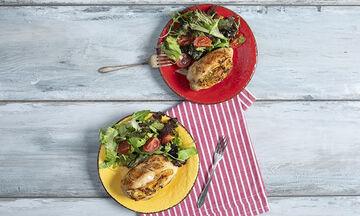 Κοτόπουλο γεμιστό με λαχανικά από τον Άκη Πετρετζίκη