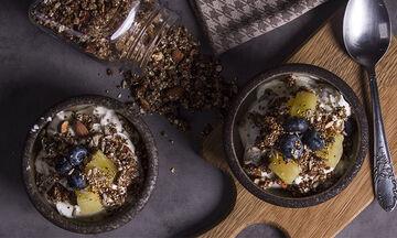 Νόστιμο και υγιεινό πρωινό: Γκρανόλα με ξηρούς καρπούς από τον Άκη