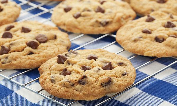 Σνακ για το σχολείο: Σούπερ θρεπτικά μπισκότα με κολοκύθι, βρώμη & σοκολάτα