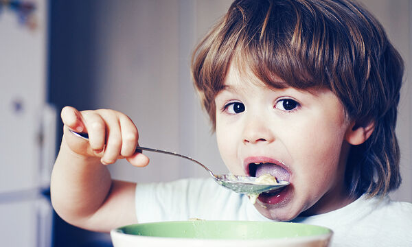 Ωμέγα-3 λιπαρά: Πώς ωφελούν την υγεία και την ανάπτυξη των παιδιών;