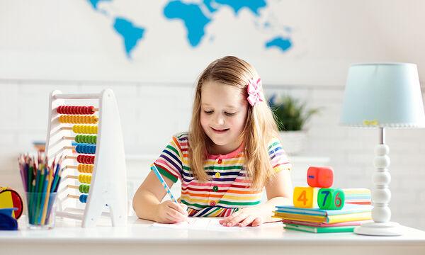 Ποια χρώματα στο παιδικό δωμάτιο ευνοούν τη μελέτη του παιδιού;
