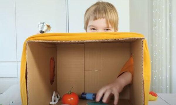 «Τι κρύβεται στο κουτί;» - Ένα αισθητηριακό παιχνίδι για παιδιά