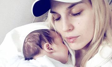 Μαντώ Γαστεράτου: Δε φαντάζεστε πώς αποκαλεί τον 8 μηνών γιο της