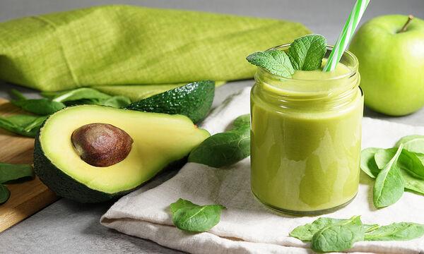 Smoothie με αβοκάντο και μπανάνα για λαμπερή επιδερμίδα